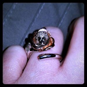 Jewelry - Silver skull ring with rhinestones sz 7
